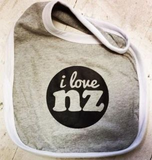 Baby Bib I Love NZ